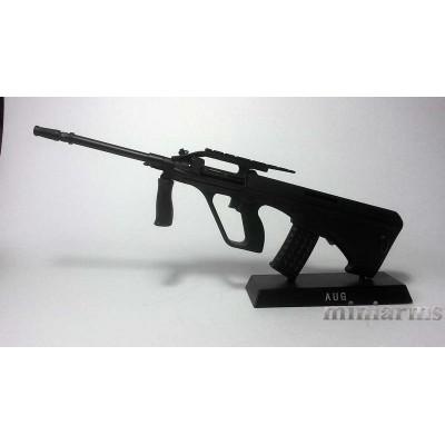 Модель винтовки Steyr AUG