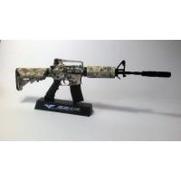 Модель американской штурмовой винтовки М4