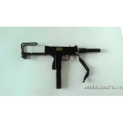 Модель пистолета-пулемёта Ingram MAC 10
