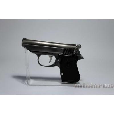 Модель пистолета Type 64