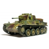 Сборная модель Hobby Boss (1:35) венгерский легкий танк 43 м Toldi III (C40) 82479